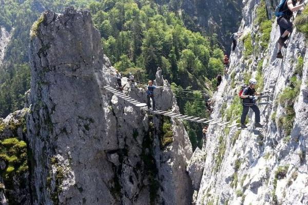 salzkammergut-drachenwand-bridge379C643C-7724-9998-4732-586836AAEF2B.jpg