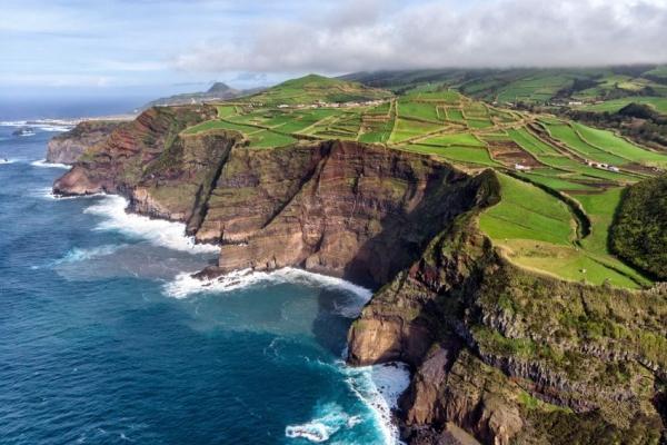 kalandnyaralas-tura-azori-szigetek-2-faial-flores-pico-16CBDA6DC6-C8EE-44F2-3D2F-AB7F84CFB8B5.jpg