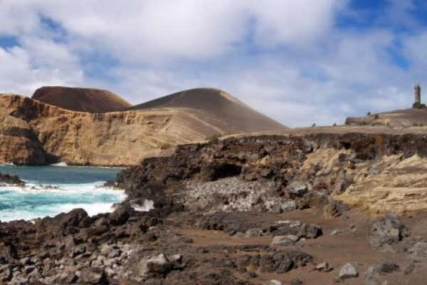 kalandnyaralas-tura-azori-szigetek-2-faial-flores-pico-17C4D47D8C-F3D0-E4AC-26EE-BEEA27932F00.jpg