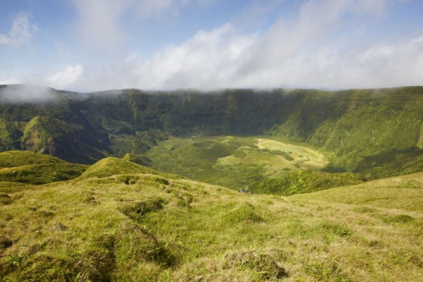 kalandnyaralas-tura-azori-szigetek-2-faial-flores-pico-2764F4DD3D-2FA2-A2EF-8ADA-2D31F8AB516E.jpg