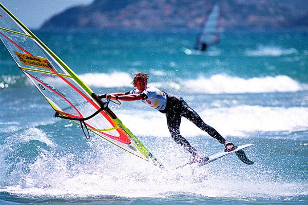 windsurf-22C930E46-9E92-45CE-D952-FCD2A40E2023.jpg