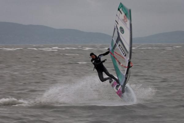windsurf10AC6A3560-4A88-1F51-D714-CCEA8292F195.jpg