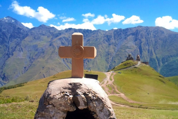 gruzia-kaukazus-tura-trekking-7B333186E-80BE-0486-FE56-0FAA5FC2AFA4.jpg