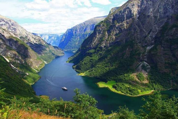 norvegia-via-ferrata-kalandtura-198D88FEA-0316-A10F-1CE6-1363DE7A0E9A.jpg