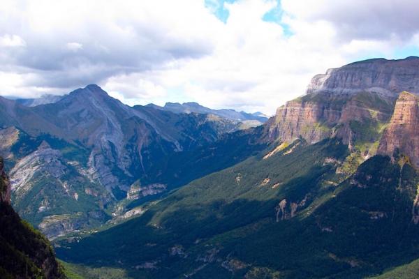 pireneusok-magashegyi-gyalogtura-monte-perdido-10B4CCD86C-929F-790C-1012-5C8AC337CCC5.jpg