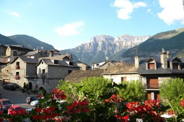 pireneusok-magashegyi-gyalogtura-monte-perdido-2B5E24C13-3E8F-3119-87EE-B2D758C55D9B.jpg