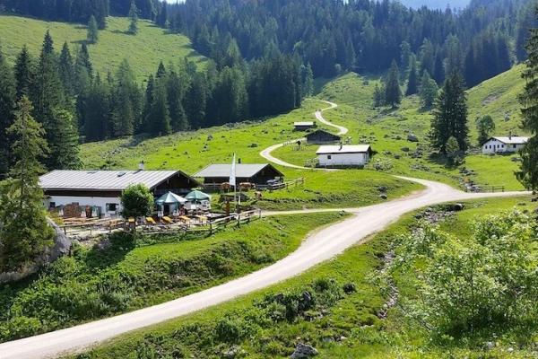 konigsee-obersee-gyalogtura-13D6501654-8BC1-B988-5EB3-FC6CFC8CFC92.jpg