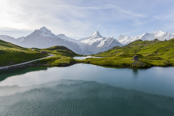 svajc-trekking-tura-bachalpsee-ultra-eiger-monch-jungfrau176530CA-B5CA-071B-6C90-8307A4AB5773.jpg