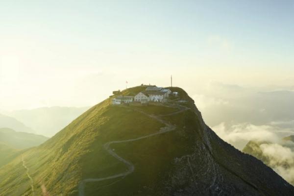 svajc-trekking-tura-faulhorn-eiger-monch-jungfrauB55BDAE5-2BAE-6E4F-3CAF-65493A1CB6D7.jpg